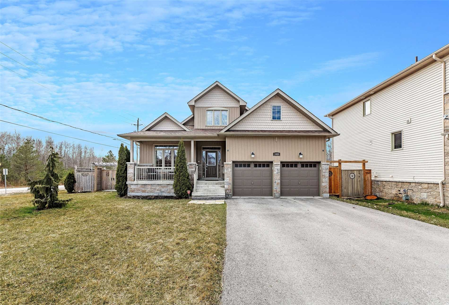 1660 Moyer Ave, Innisfil N4421026