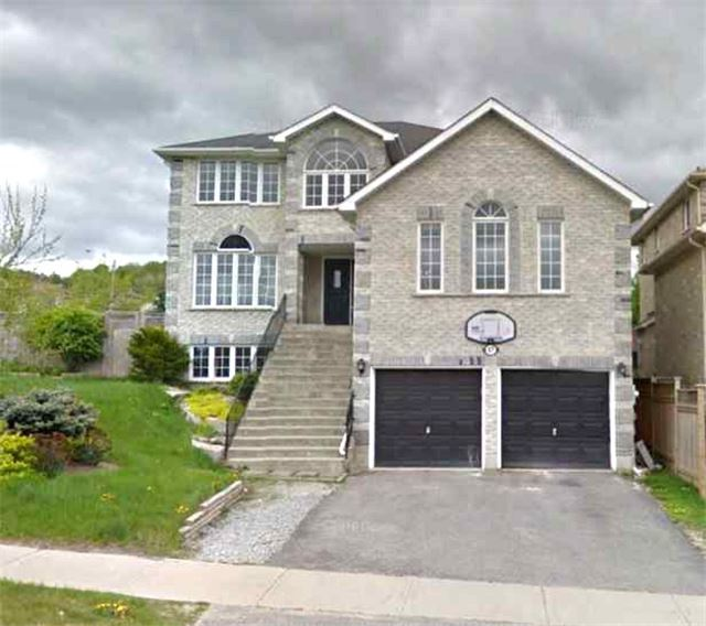47 Bell St, Barrie S4008863