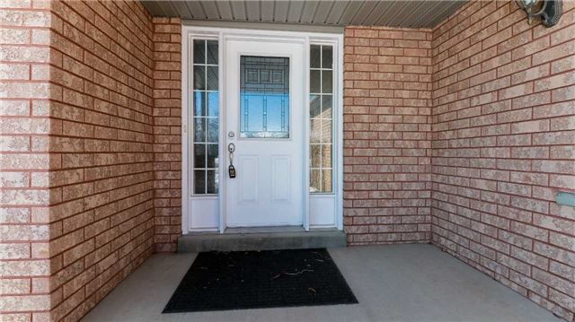 18 Country Lane, Barrie S4047182