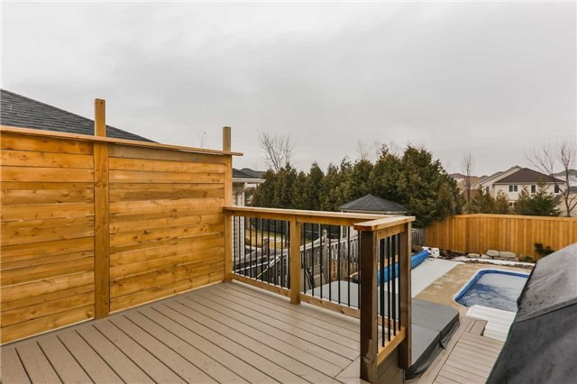 9 Lakewoods Crt, Barrie S4083363