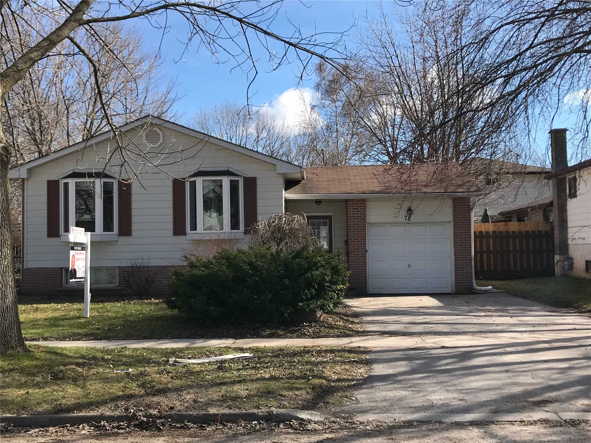 78 College Cres, Barrie S4458982