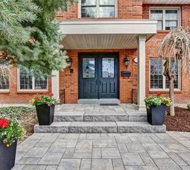 209 Richmond Rd, Oakville W3195669