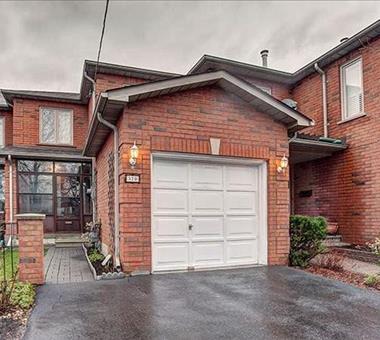 370 Queens Dr, Toronto W3455734