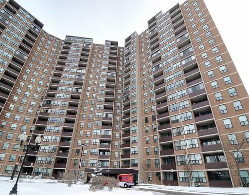 #2006 - 716 The West Mall Dr, Toronto W3456821