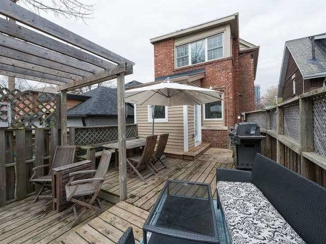 20 Burlington St, Toronto W3482673