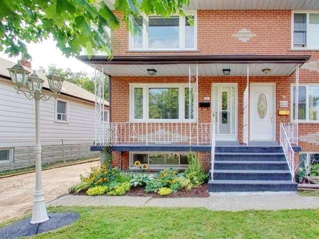 21 Alan Ave, Toronto W3598045