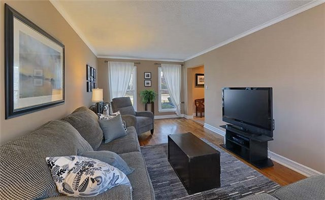 1851 Bough Beeches Blvd, Mississauga W3716401