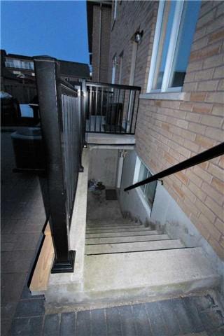 239 Murray Ross Pkwy, Toronto W3803912
