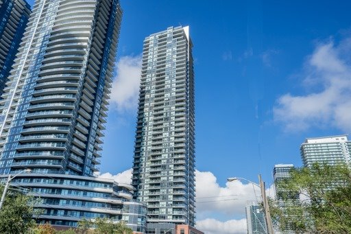 #2310 - 2200 Lake Shore Blvd W, Toronto W3811060