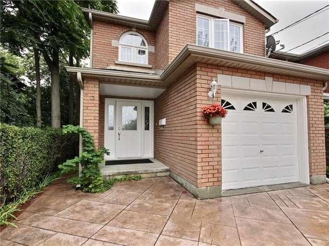 13 Elizabeth St, Toronto W3911297