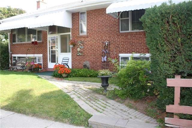 99 Saskatoon  Dr, Toronto W3927368