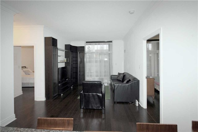 #110 - 25 Earlington Ave, Toronto W3938641