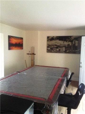 24 Sandcliff Rd, Toronto W3940090