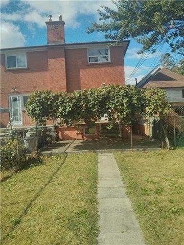 583 A Delaware Ave, Toronto W3942978