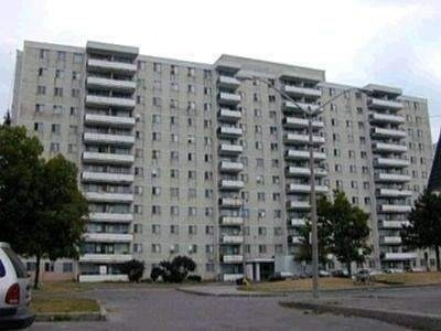 1104-940-caledonia-rd