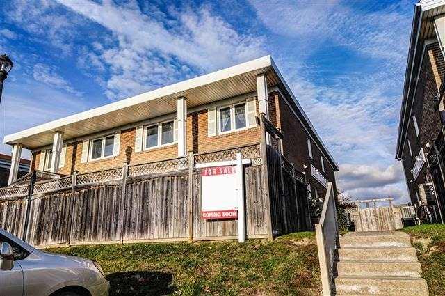 238 Town House Cres, Brampton W3984768