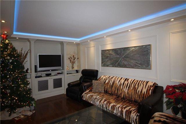 140 Silverhill Dr, Toronto W4013851