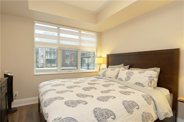 #207 - 2 Old Mill Dr, Toronto W4015765
