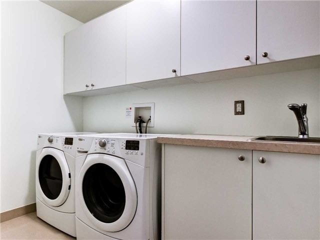 #629 - 1 Old Mill Dr, Toronto W4017034