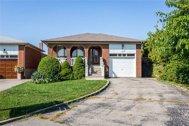 14 Astral St, Toronto W4027270
