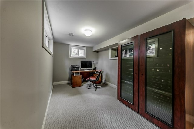 19 Kingslea Crt, Toronto W4027800