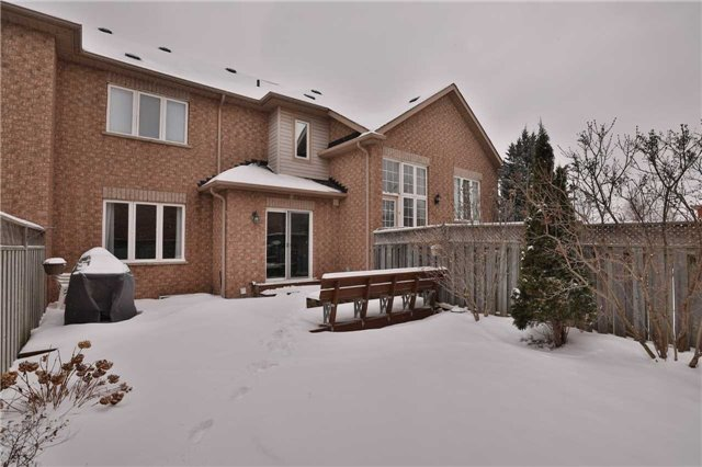 2233 Hummingbird Way, Oakville W4041061