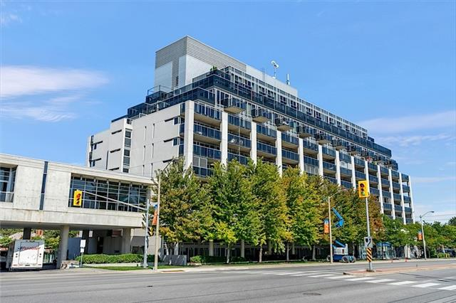 301-1040-the-queensway-ave