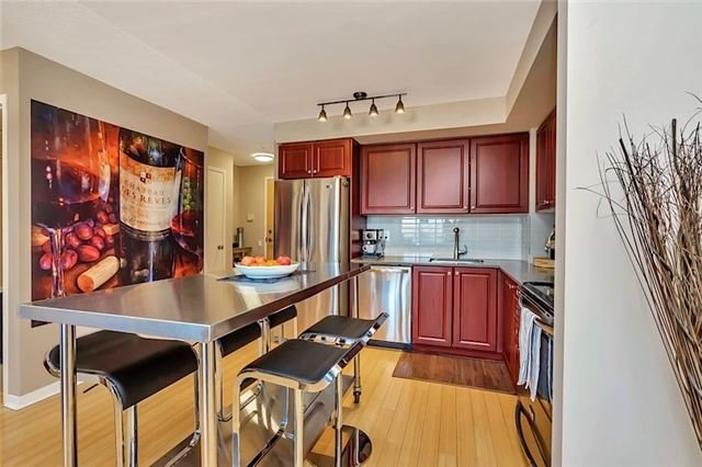 #301 - 1040 The Queensway Ave, Toronto W4041828