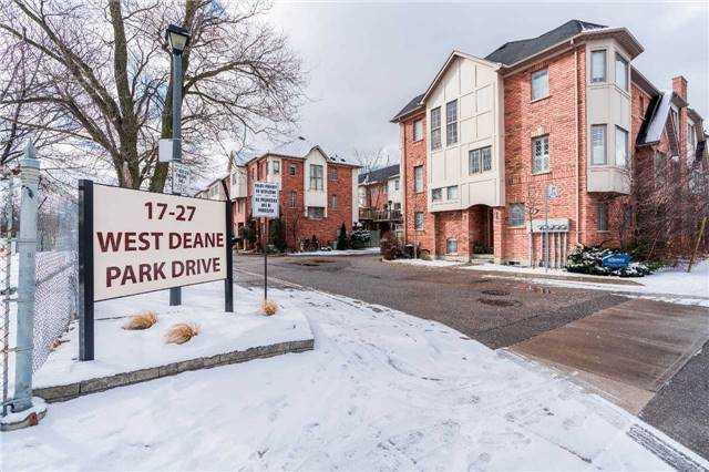 #4 - 27 West Deane Park Dr, Toronto W4067202