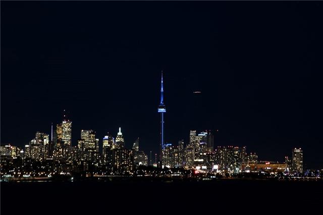 #902 - 59 Annie Craig Dr, Toronto W4075654