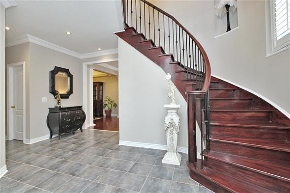 3286 Weatherford Rd, Mississauga W4094961