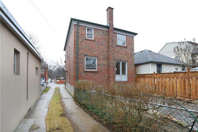 22 Warren Cres, Toronto W4095776