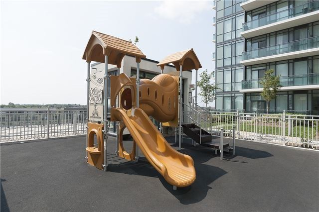 #3909 - 4070 Confederation Pkwy, Mississauga W4109797