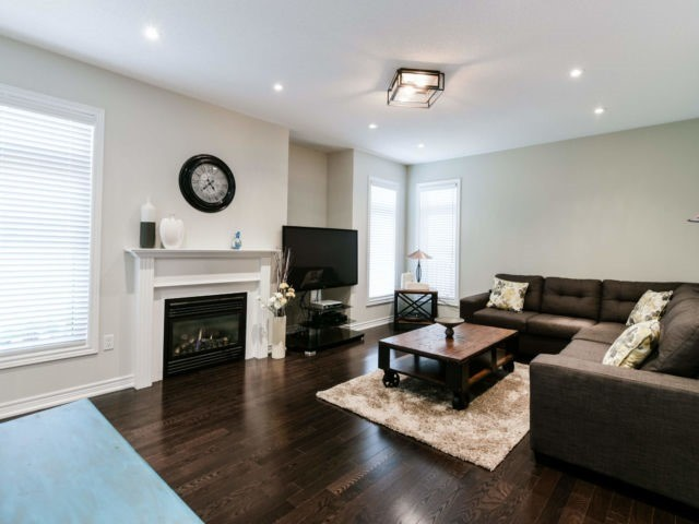 3185 Tacc Dr, Mississauga W4126639