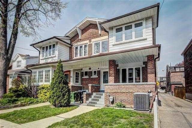 23 Roblocke Ave, Toronto W4129574