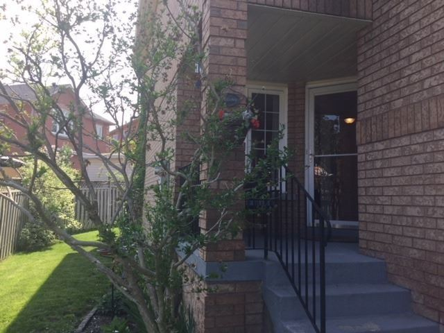 22 Colleyville St, Brampton W4154722