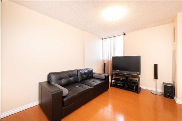 #1006 - 812 Burnhamthorpe Rd, Toronto W4176983