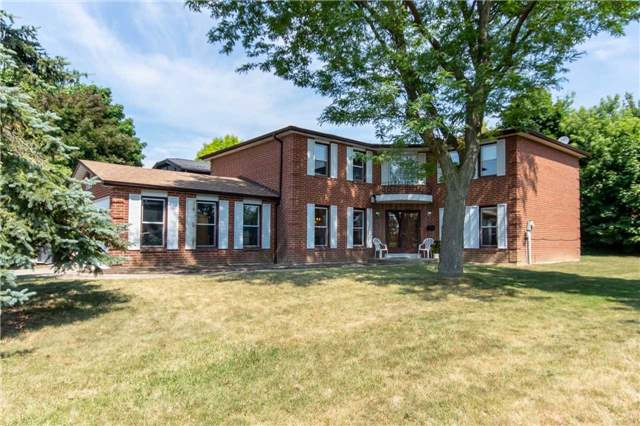 2065 Bough Beeches Blvd, Mississauga W4182869