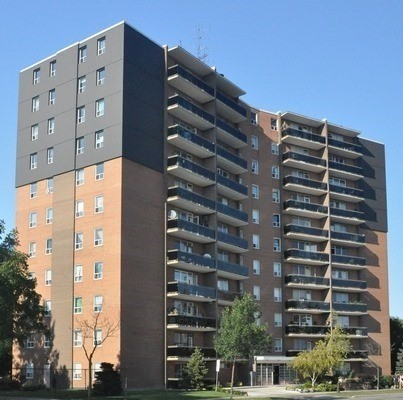 #201 - 3145 Queen Frederica Dr, Mississauga W4187041