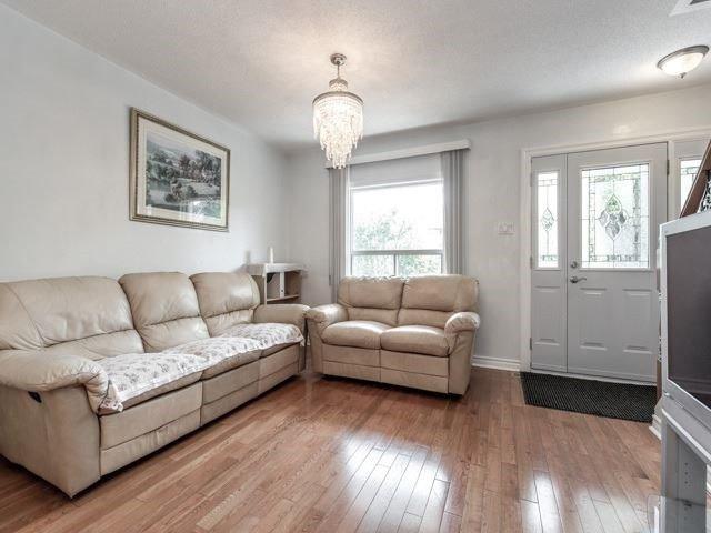 77 Royal York Rd, Toronto W4240799