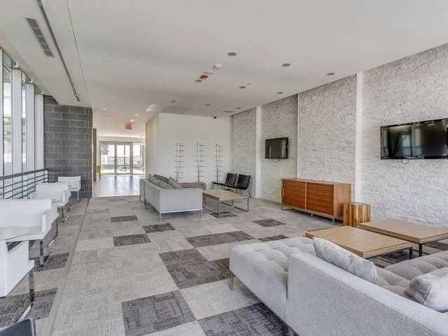 #27 - 370 Square One Dr, Mississauga W4255805