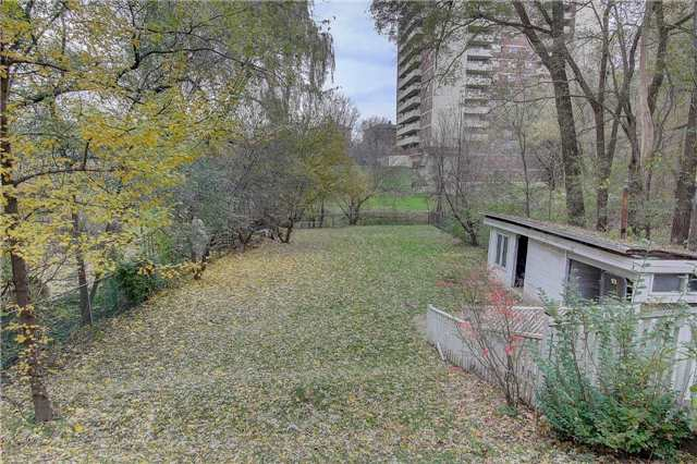 22 Gracefield Ave, Toronto W4302066