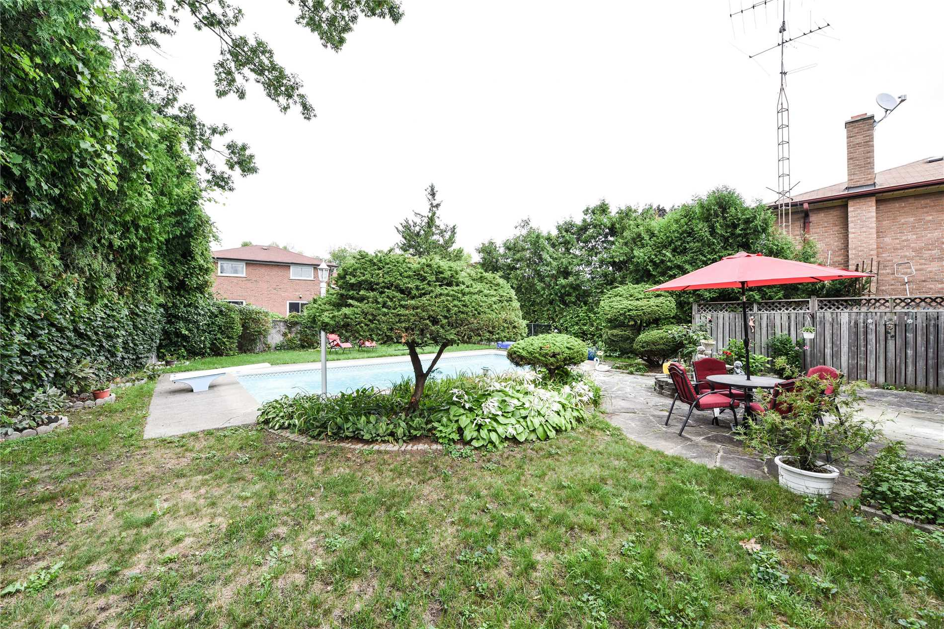 413 Valleyfield Dr, Mississauga W4308953