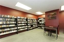 #409 - 1300 Mississauga Valley Blvd, Mississauga W4330421