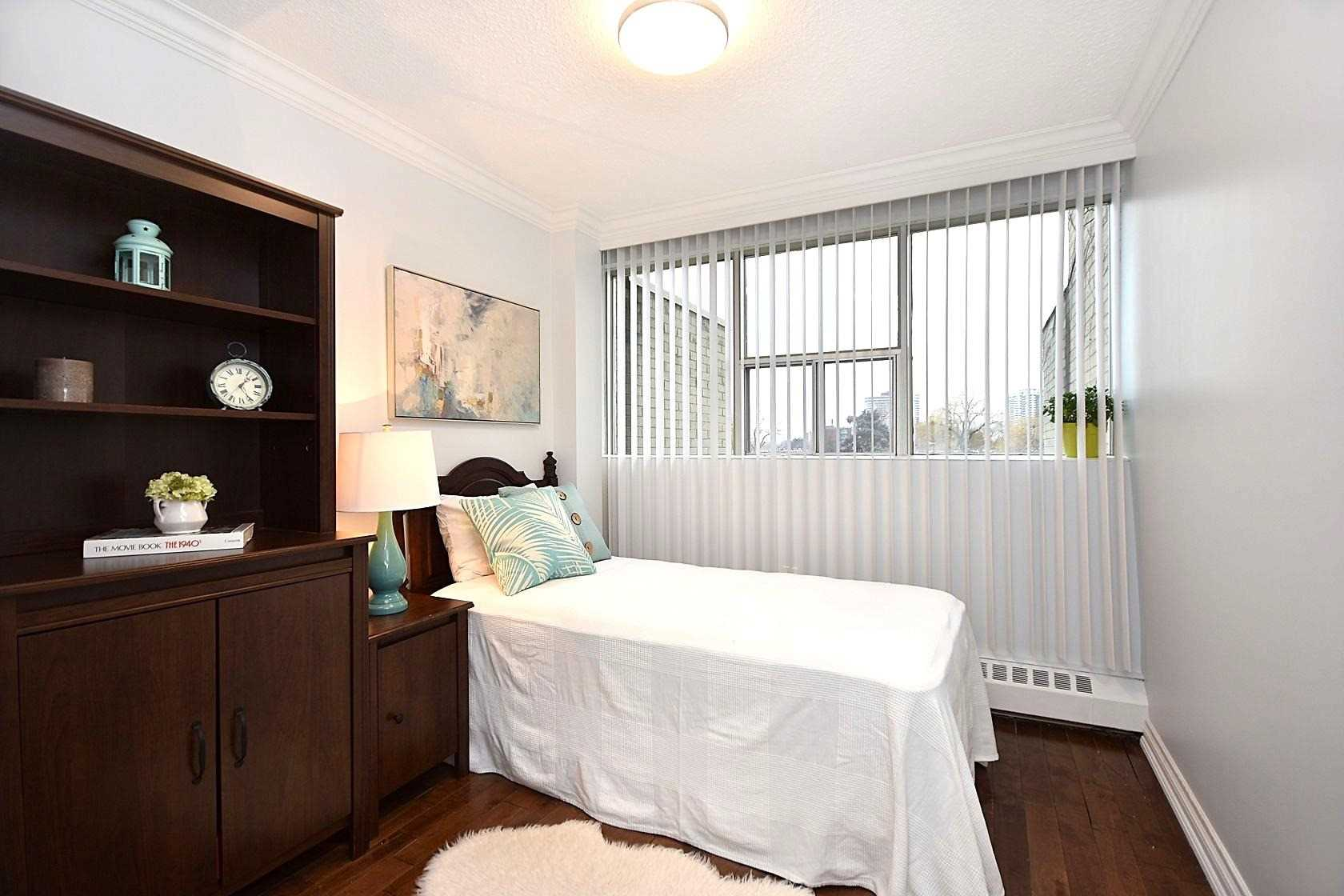 #82 - 1624 Bloor St, Mississauga W4332797
