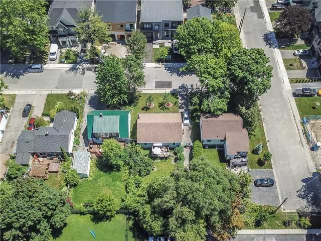 6 Iroquois Ave, Mississauga W4347623