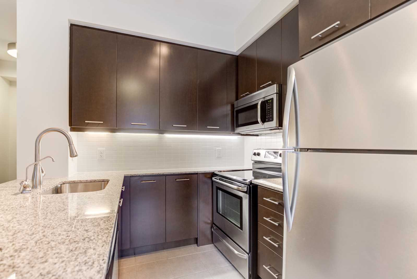#05 - 370 Square One Dr, Mississauga W4358291