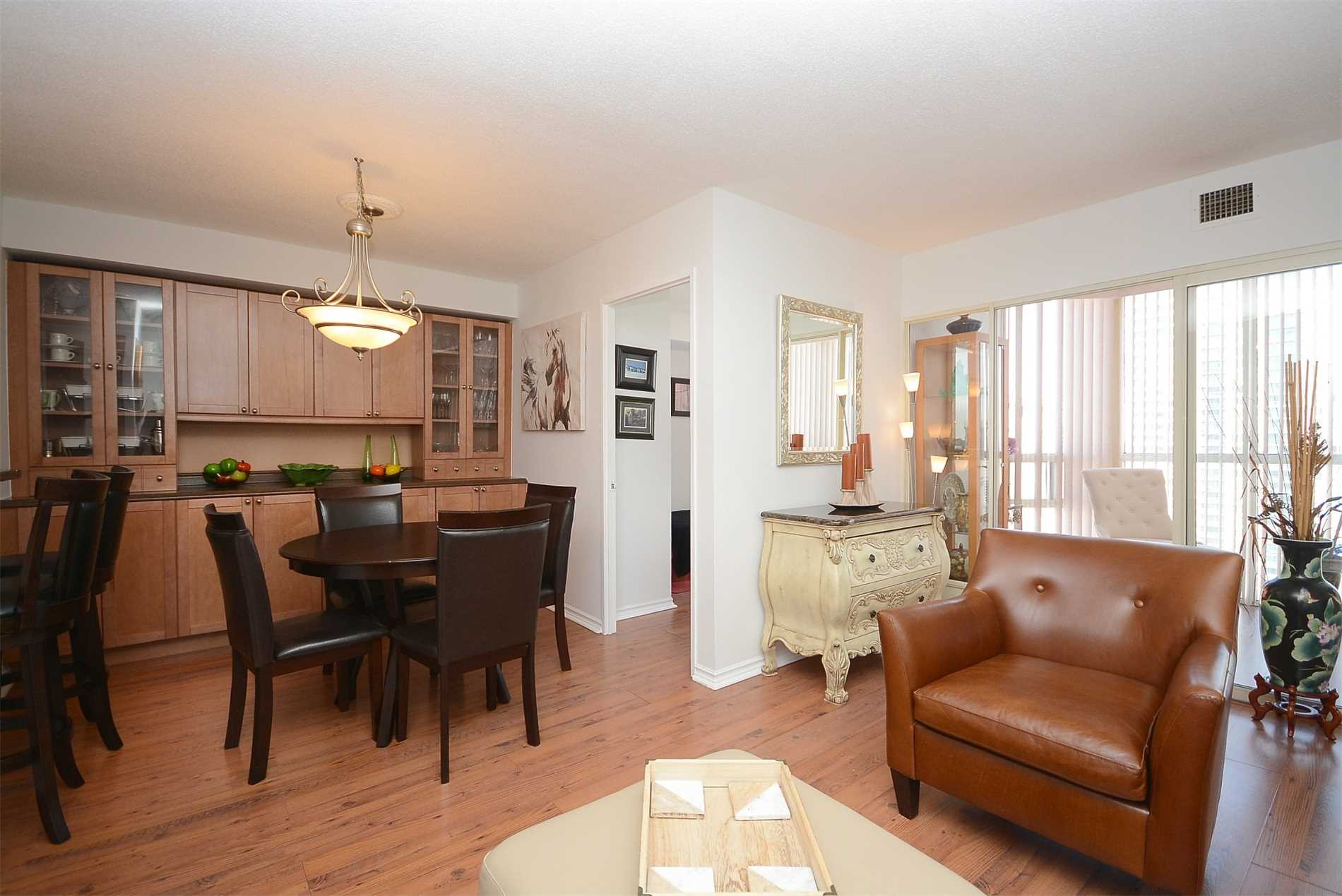 #2112 - 285 Enfield Pl, Mississauga W4371187