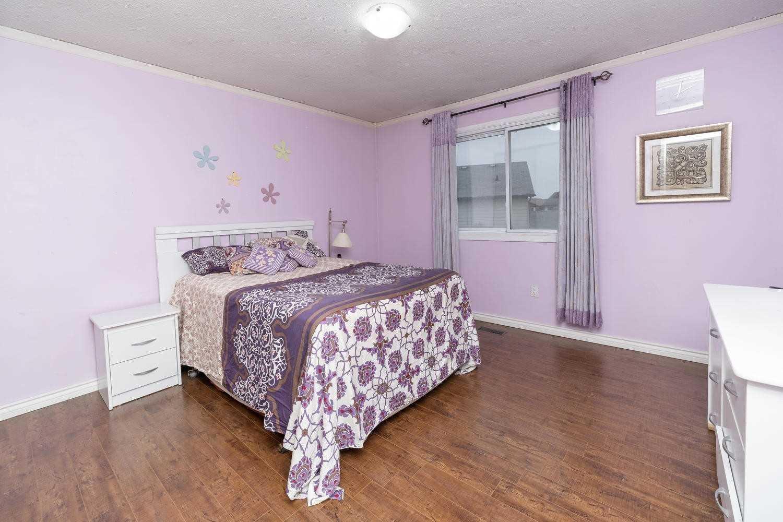942 Hampstead Crt, Mississauga W4379916