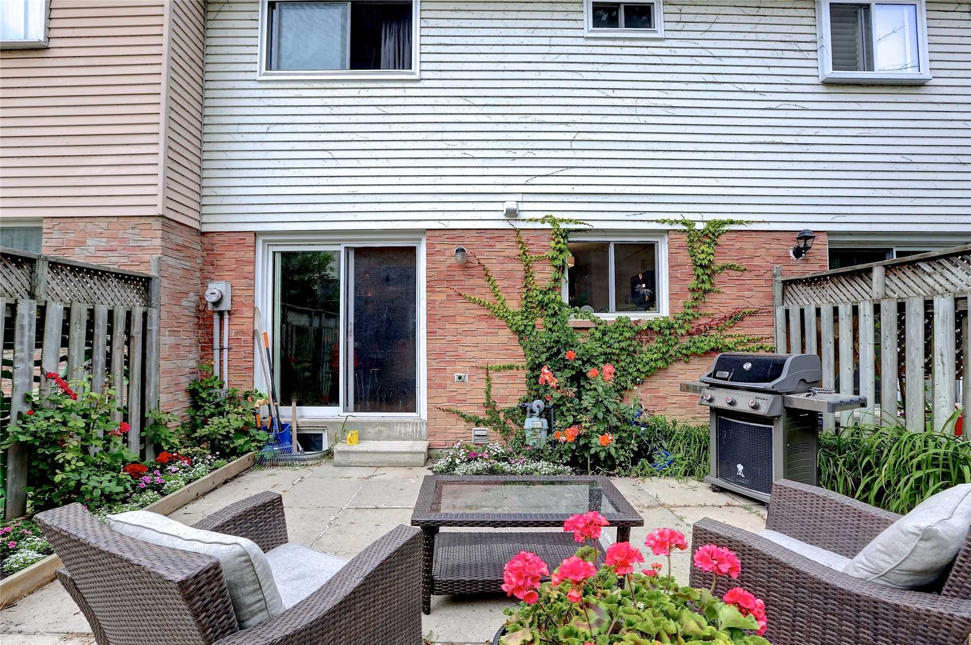 #53 - 1050 Shawnmarr Rd, Mississauga W4382303